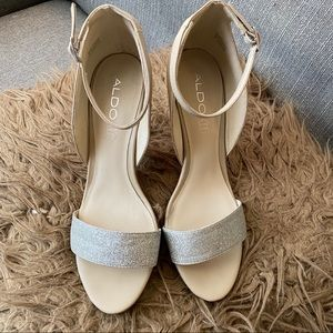 Aldo Theiven Women Silver/Nude Sandals, Size 8
